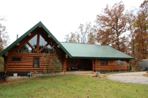 Log Home Sealing and Log home staining
