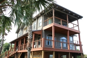 Log Home Staining | Log Home Seal, Caulk and Staining